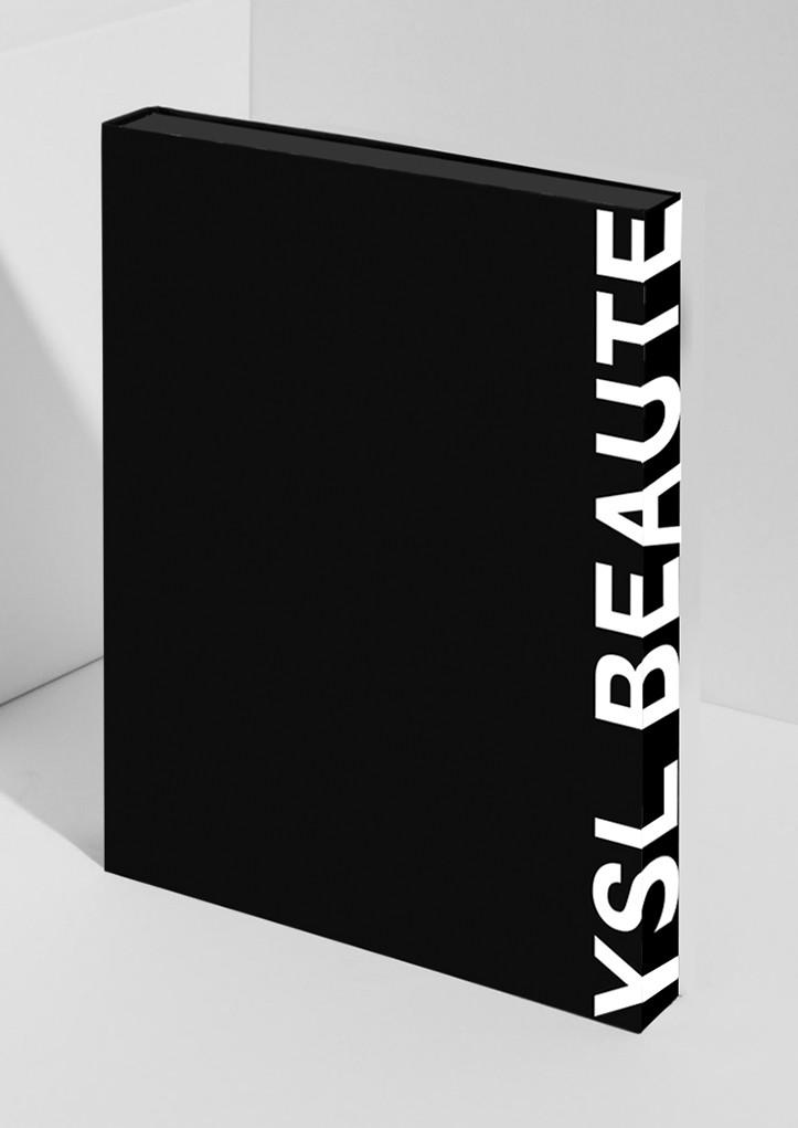 Livre Yves Saint Laurent