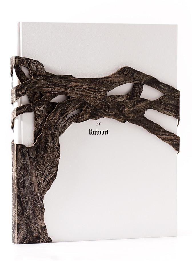 livre d'exception ruinart ornement bois