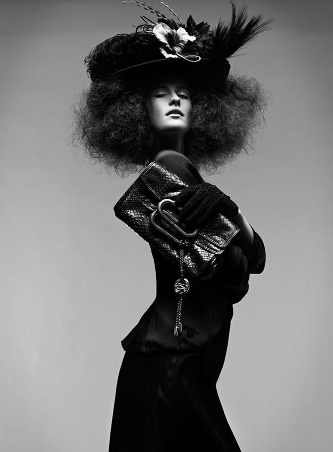 slider-french-elegance-magazine-lancel03-1